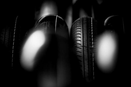 Michelin merancang ban belakang khusus agar para pembalap bisa melaju kencang (Foto: MotoGP)