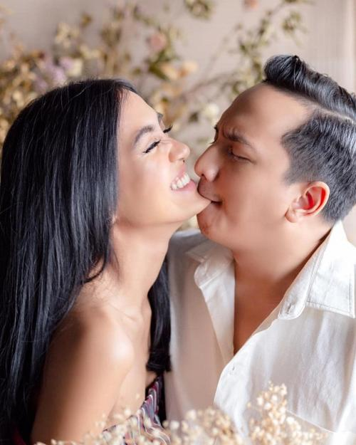 Ge Pamungkas mengaku, sang istri memengaruhinya untuk menonton drama Korea. (Foto: Instagram)