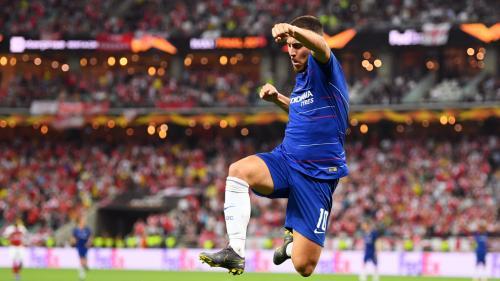 Ekspresi Hazard usai berhasil mencetak gol untuk Chelsea