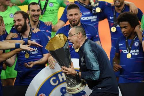 Maurizio Sarri saat juara bersama Chelsea