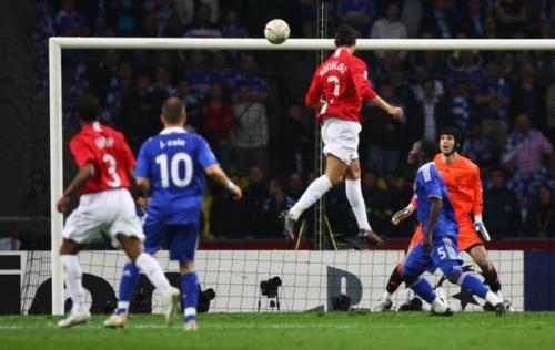 Chelsea tumbang lewat adu penalti dari Manchester United (Foto: Getty Images)