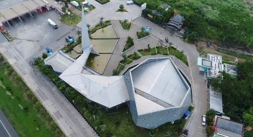 Masjid Al Safar di Rest Area Km 88 Jalan Tol Cipularang-Padaleunyi (Dok. Jasa Marga)