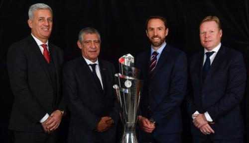 Vladimir Petkovic, Fernando Santos, Gareth Southgate, dan Ronald Koeman ikut pengarahan tentang VAR (Foto: UEFA)
