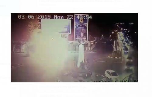 Capture rekaman CCTV Dishub tentang ledakan di Pospam Tugu Kartasura (foto: Istimewa)