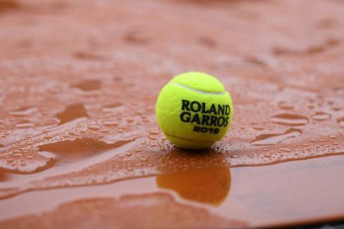 Bola tenis Prancis Open