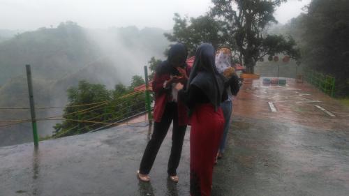 Paling banyak pengunjung dari luar Kabupaten Jeneponto, seperti Makassar,