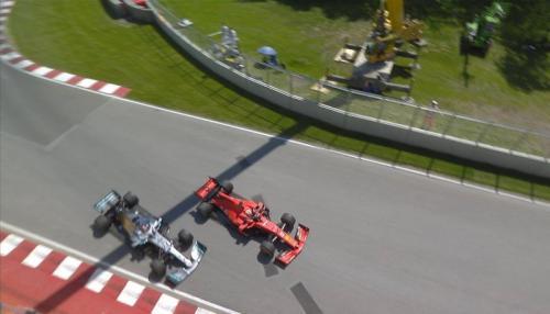 Sebastian Vettel dinilai melakukan manuver berbahaya (Foto: F1/Twitter)