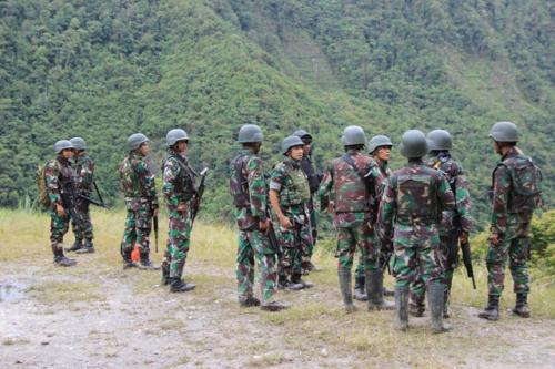TNI di Papua. (Foto: Saldi Hermanto/Okezone)