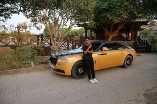 Crazy Rich Dubai dengan koleksi mobil mewahnya