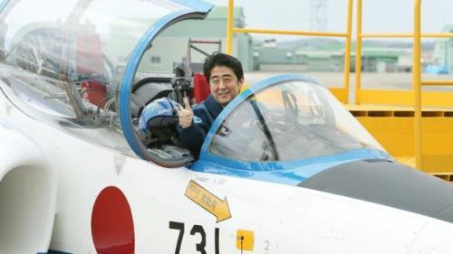 Shinzo Abe telah berjanji memulihkan kejayaan Jepang. (AFP)