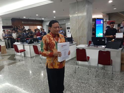 Bawaslu Serahkan 134 Alat Bukti ke MK terkait Gugatan Prabowo-Sandi (foto: Fahreza Rizky/Okezone)