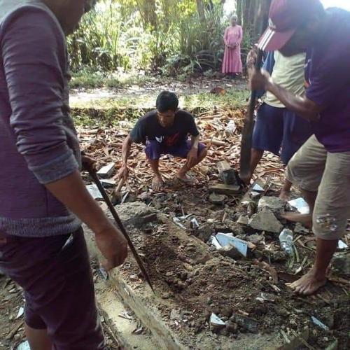Pembongkaran Makam di Takalar Imbas Caleg Tak Lolos Pileg (foto: Herman A/Okezone)