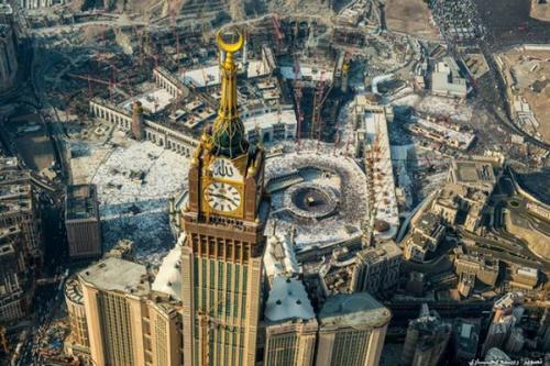 Tower Zamzam menawarkan keindahan melihat kakbah dari ketinggian