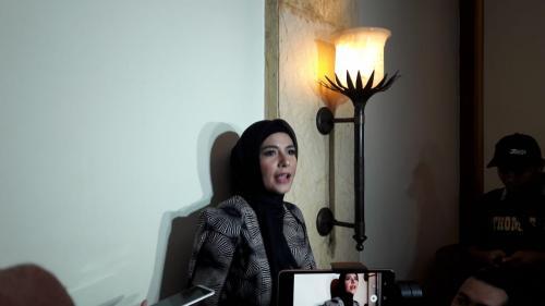 Meisya Siregar berhijab