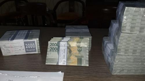 Uang denda