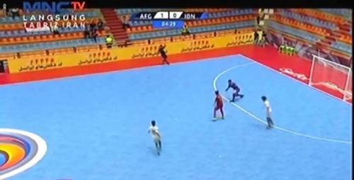 Suasana laga Timnas Futsal Indonesia U-20 saat melawan Afghanistan di semifinal Piala Asia Futsal U-20 2019.