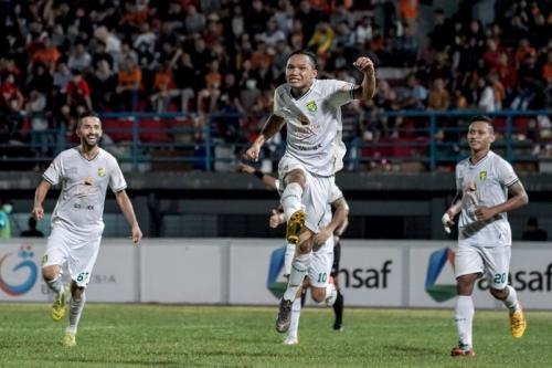 Persebaya Surabaya berhasil memenangi pertandingan melawan Borneo FC