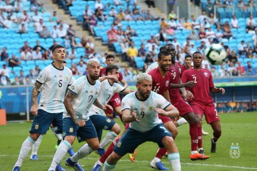 Timnas Qatar melawan Argentina di Copa America 2019