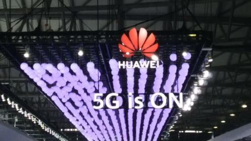 Huawei dikabarkan akan meluncurkan model 5G dari seri ponsel Mate 30 di Desember.