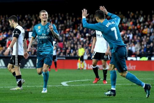 Cristiano Ronaldo dan Toni Kroos di Real Madrid (Foto: Getty Images)