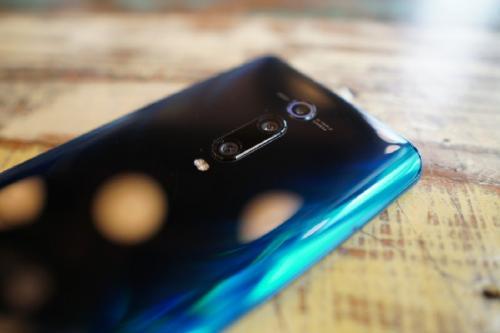 Melihat lebih dekat ponsel Xiaomi Mi 9 T