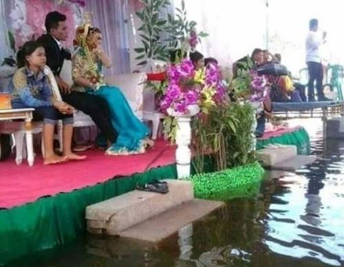 5 Dekorasi Pernikahan Yang Bikin Ngakak Kok Kepikiran Ya