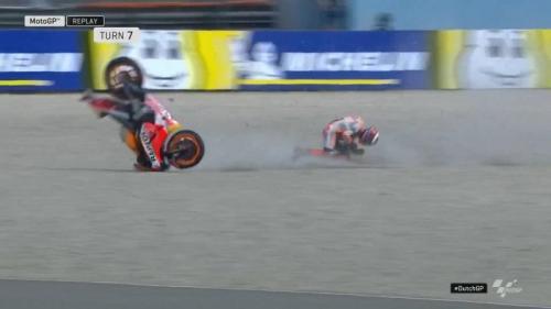 Kecelakaan Lorenzo di FP1 MotoGP Belanda 2019