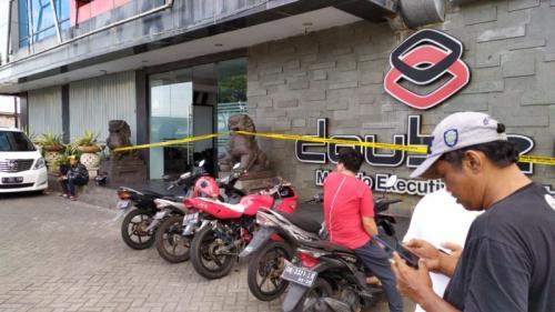 Lokasi Penemuan Mayat Pria Diduga Anggota TNI yang Jadi Korban Pembunuhan di Manado (foto: Subhan/Okezone)