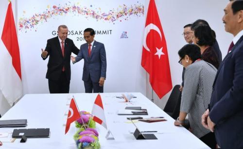 Pertemuan Indonesia dan Turki di KTT G-20, Osaka, Jepang (foto: Laily Rachev/Biro Pers Sekretariat Presiden)