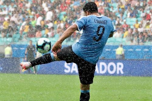 Luis Suarez di laga Timnas Uruguay vs Peru