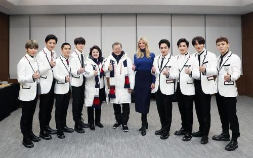 EXO, Presiden Korea Selatan, dan Ivanka Trump