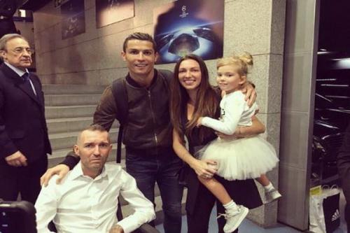 Ronaldo dan Ricksen dan istrinya