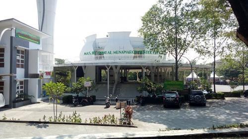 Masjid Al Munawaroh
