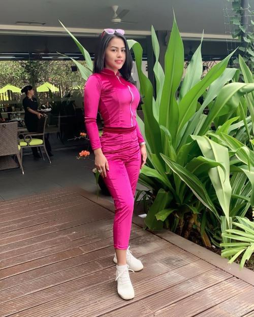 Lia Callia pink
