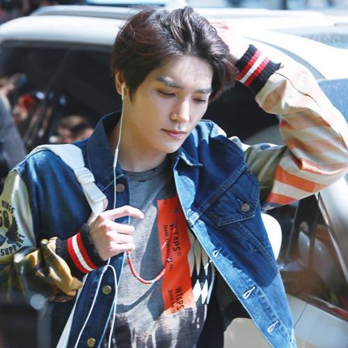 Taeyong NCT Denim