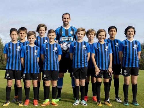 Diego Godin bergabung dengan Inter Milan