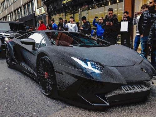Modifikasi Lamborghini Aventador