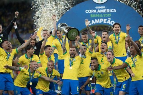 Dani Alves dan Timnas Brasil (Foto: CBF_Futebol)