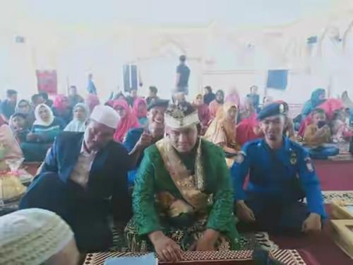 Petugas Damkar Menikah