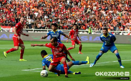 Persib Bandung imbangi Persija Jakarta di SUGBK