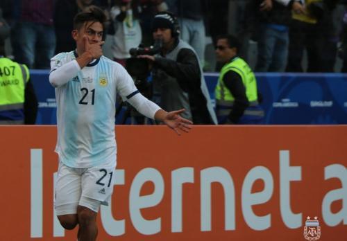 Paulo Dybala disiapkan Maurizio Sarri sebagai false nine di Juventus