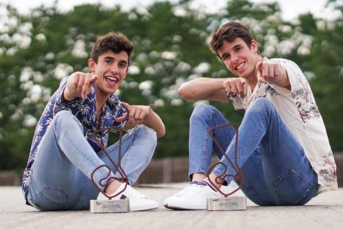 Kakak beradik Marc dan Alex Marquez tengah bersinar di musim 2019