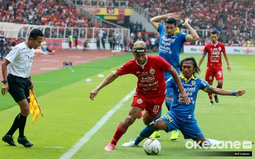 Persija vs Persib dalam pertandingan Liga 1 2019