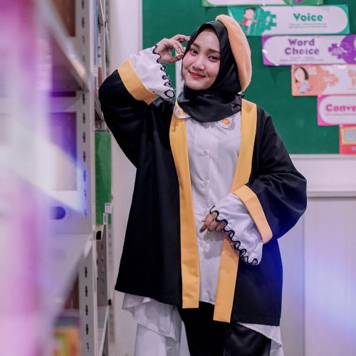 Fathin Shidqia hijab hitam