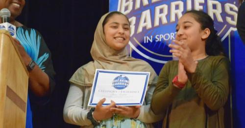 Gadis Muslim raih penghargaan