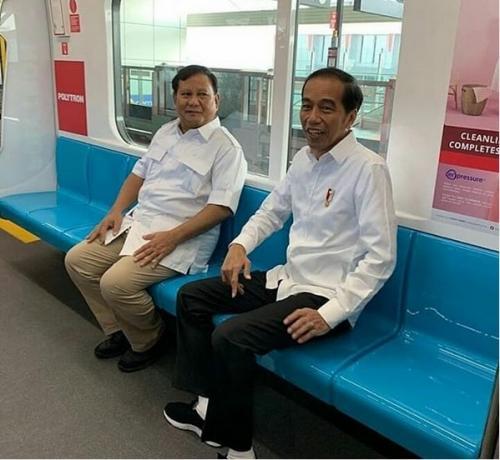 jokowi naik MRT