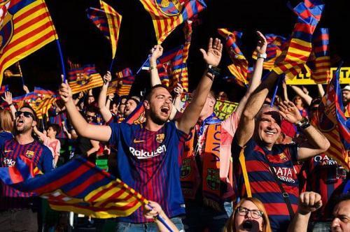 Fans Barcelona (Foto: Sportskeeda)
