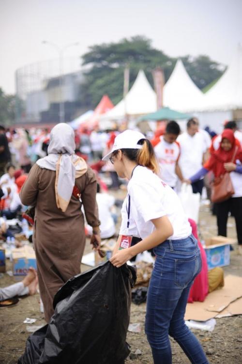 Pasukan Semut di Acara Visi Indonesia Jokowi di SICC, Sentul (foto: Ist)