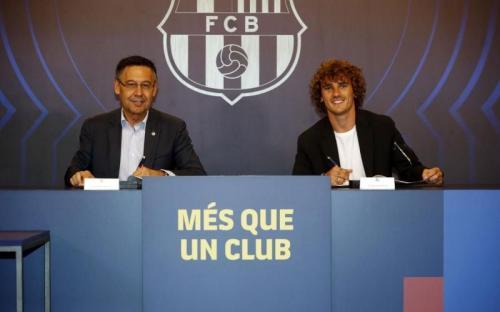 Antoine Griezmann resmi merapat ke Barcelona
