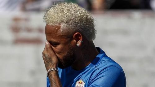 Neymar diisukan segera kembali ke Barcelona